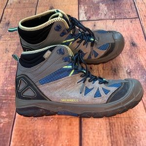 Merrell Hiking Shoes Youth 5.5 waterproof (Sx(